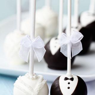cakepops_mr_mrs_big_01