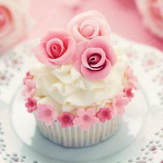 wedding_cupcakes_3_pink_roses_01