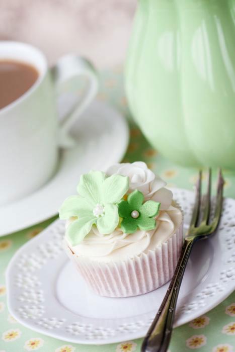 little green style your cake. Black Bedroom Furniture Sets. Home Design Ideas