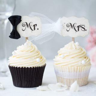 wedding_cupcakes_mr_mrs_cupcake_set_01