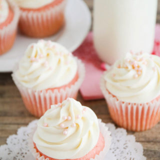 wedding_cupcakes_only_pearls_01