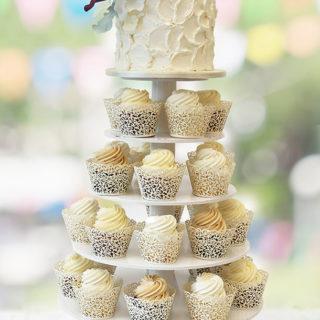 weddingcakes_cupcake_wedding_creamy_big_01