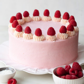 chocolate-raspberry-cake-1
