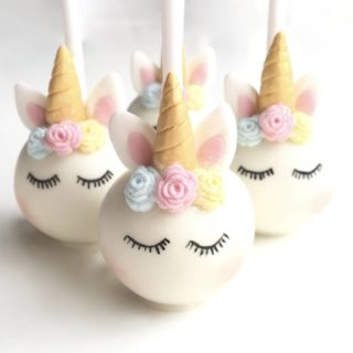 original_sleeping-unicorn-cake-pops