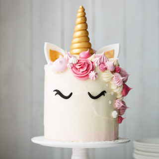 baby_child_cake_unicorn_cream_cake_01