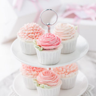 wedding_cupcakes_floral_cream_01