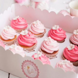 wedding_cupcakes_little_white_flower_01