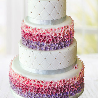 weddingcakes_flower_invasion_big_01